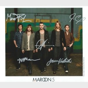 RARE: Maroon 5 Autographed 8x10 Photo